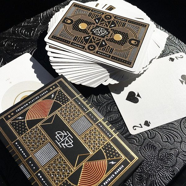 NPH Playing Cards - LASSONELLAMANICA.COM - Mazzi di Carte, Giochi di Prestigio, Libri e Dvd di Magia. Recensioni, unboxing, tutorial!